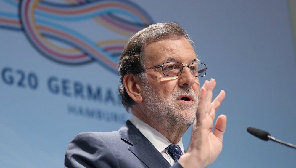 El presidente del Gobierno, Mariano Rajoy, durante la rueda de prensa que ha ofrecido hoy al término de la cumbre del G20 celebrada en Hamburgo (Alemania)