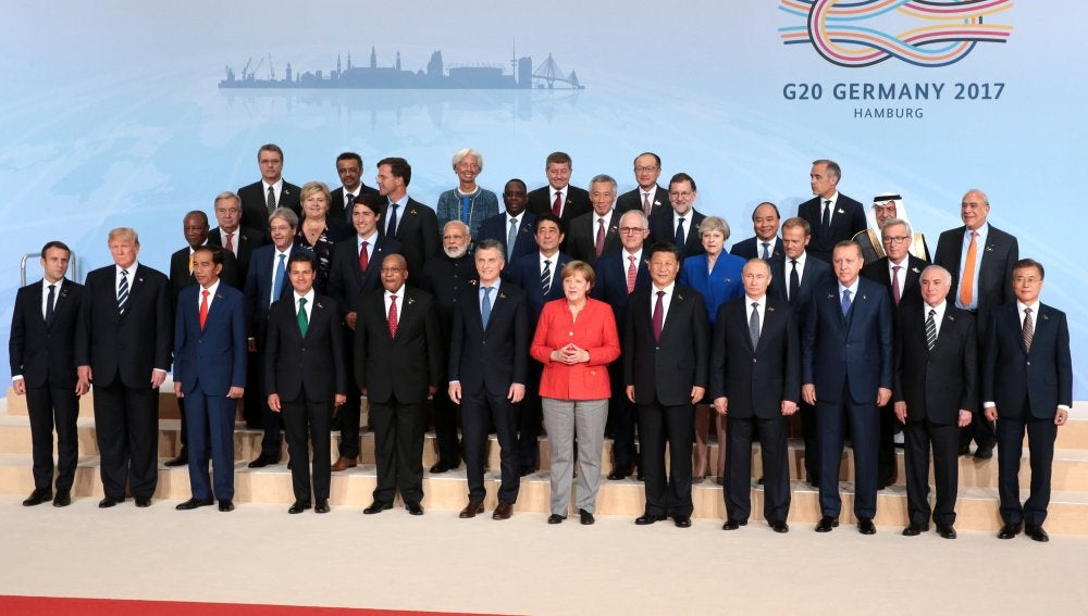 Foto de familia de los líderes participantes en la cumbre del G20 en Alemania