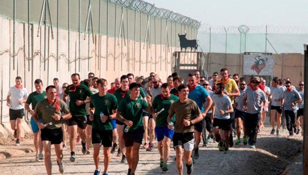 Los militares corriendo un encierro de San Fermín en Irak