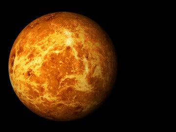 Aunque la masa y el tamaño de Venus son similares a los de la Tierra, su temperatura supera los 400 °C