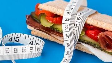 Reducir la ingesta de calorías