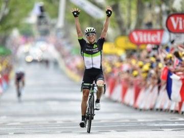 Edvald Boasson Hagen celebra su victoria en la etapa 19 del Tour de Francia