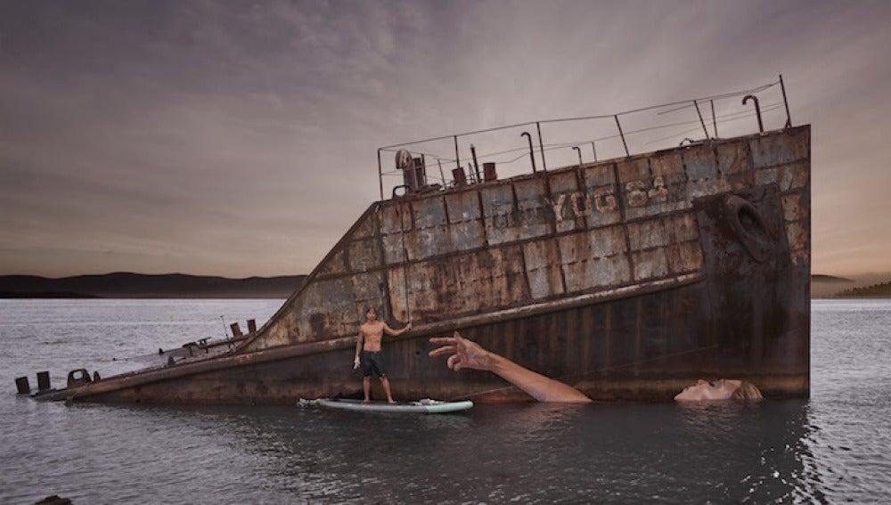 Hula, el artista que mezcla surf y arte
