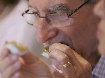 """La cocina vanguardista de Mugaritz enamora a un grupo de jubilados: """"Cada vez que traen un   plato es como si empezara un día nuevo"""""""