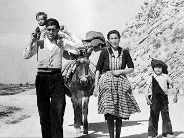 La España más bonita de los años 50: así es la exposición del fotógrafo Carlos Saura