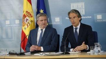 Méndez de Vigo y De la Serna ante los medios