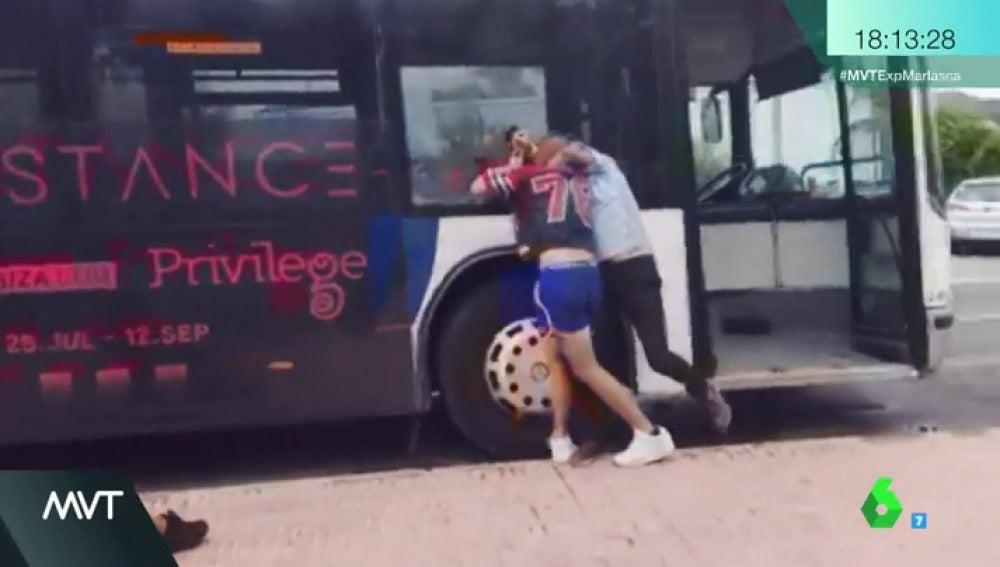 La brutal paliza a un conductor de autobús en Ibiza, el último caso de una larga lista de lamentables agresiones de este tipo