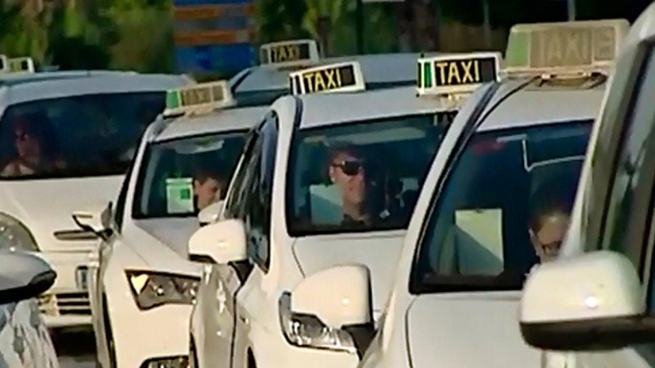 Los taxistas de Málaga ponen fin a la huelga tras cuatro días de paros