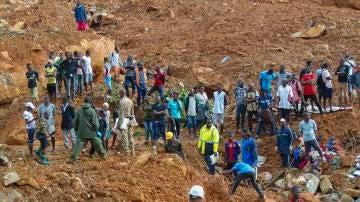 Deslizamiento de tierra deja cientos de personas muertas en Sierra Leona