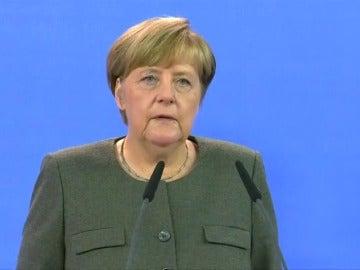 """Merkel: """"El terrorismo no nos vencerá jamás"""""""