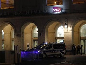 La estación de Nimes, con presencia policial