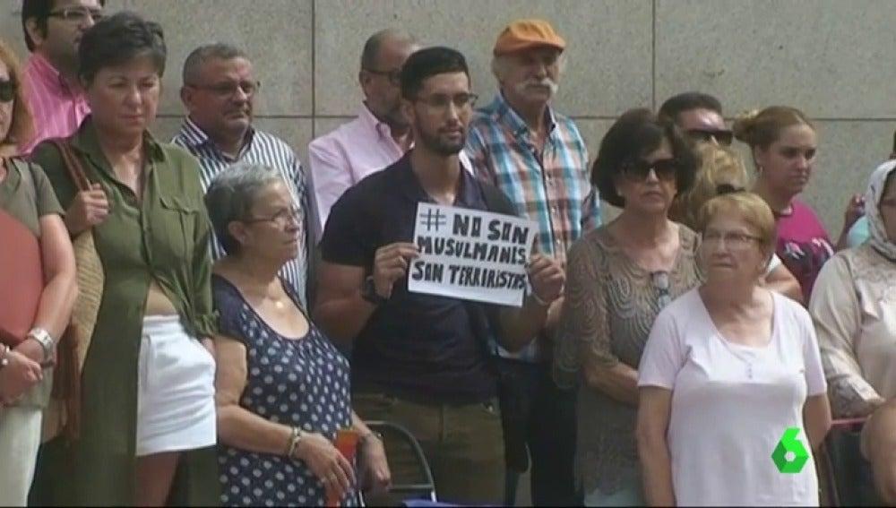 Los musulmanes se sienten dolidos con el rechazo social que está provocando el atentado de Barcelona