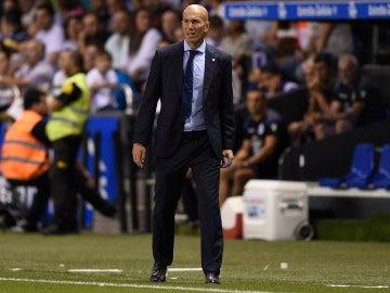 Zidane, durante el partido contra el Deportivo