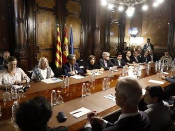 Santamaría en la reunión con los cónsules de países con víctimas en los atentados de Barcelona y Cambrils