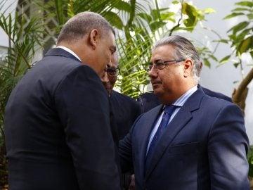 El ministro del Interior, Juan Ignacio Zoido,d, y su homólogo marroquí, Abdeluafi Laftit