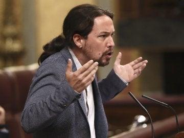 El líder de Podemos, Pablo Iglesias, durante sus apelaciones