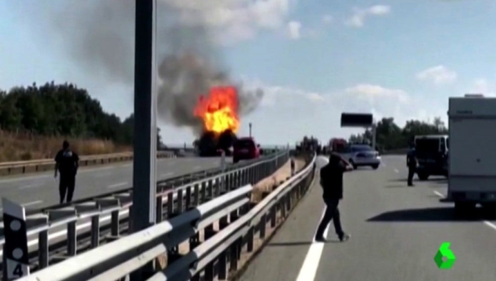 Espectacular accidente en la A1