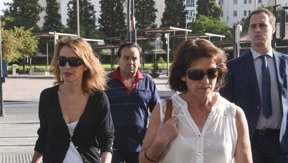 Los familiares de Juana Rivas acuden ante el juez como investigados