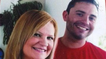 Pilar Garrido en una fotografía junto a su marido, detenido como sospechoso de su asesinato