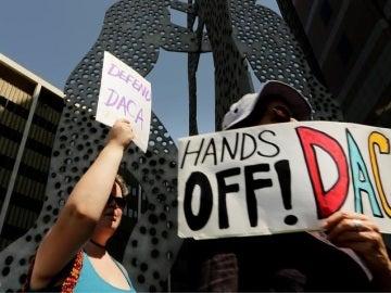 Carteles a favor del DACA