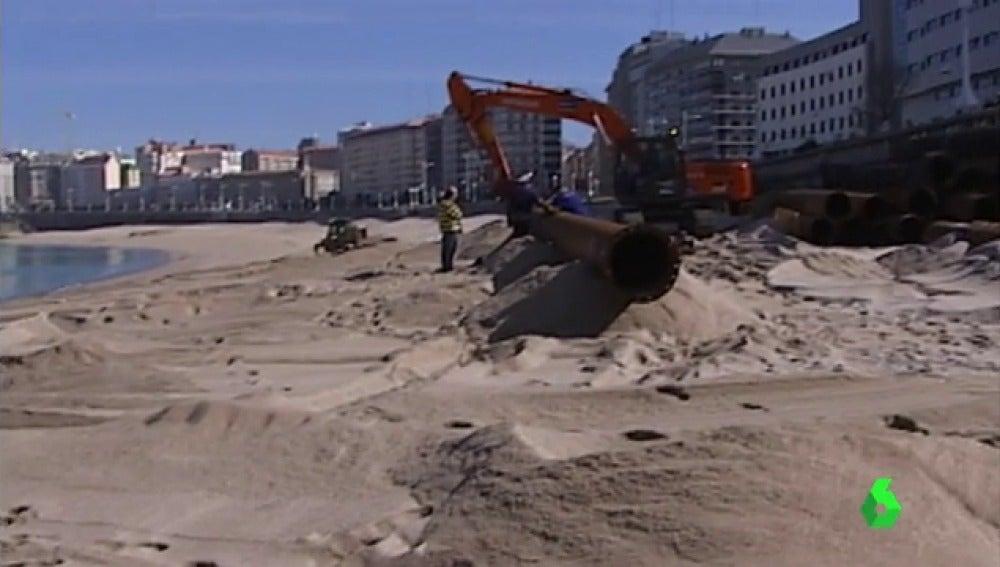 Denuncian la 'retroalimentación' de arena de unas playas a otras