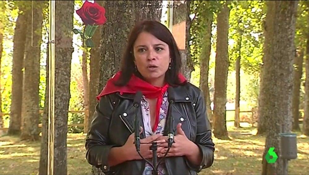 Adriana Lastra en la fiesta de la Rosa de Boñar, en León