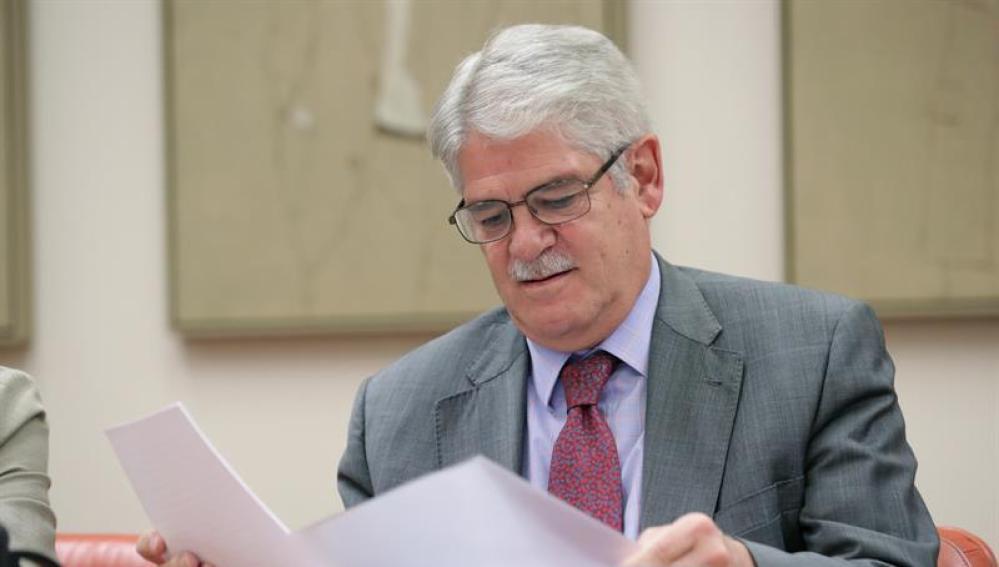 El ministro de Asuntos Exteriores Alfonso Dastis a su llegada a la Comisión de Exteriores del Congreso de Los Diputados