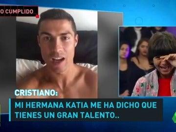 Cristiano Ronaldo sorprende a un niño de 13 años que saca adelante a sus padres en paro y a su hermana enferma.