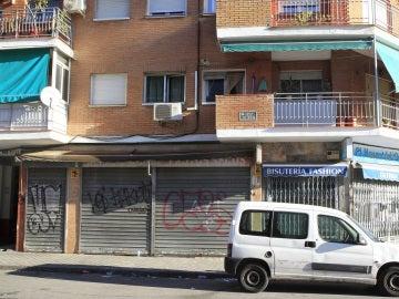 Fachada de la tienda de alimentación china, ubicada en el madrileño barrio de Usera