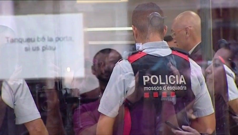 Trapero, el mayor de los Mossos, la Fiscalía acude a la reunión de la Fiscalía para tratar sobre el 1-O