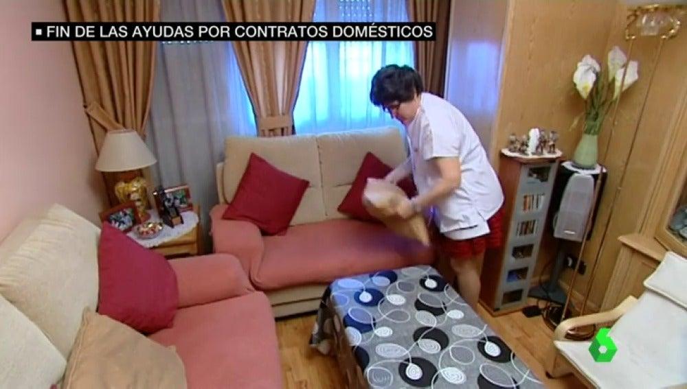 Recortes en las ayudas para la contratación de empleados del hogar