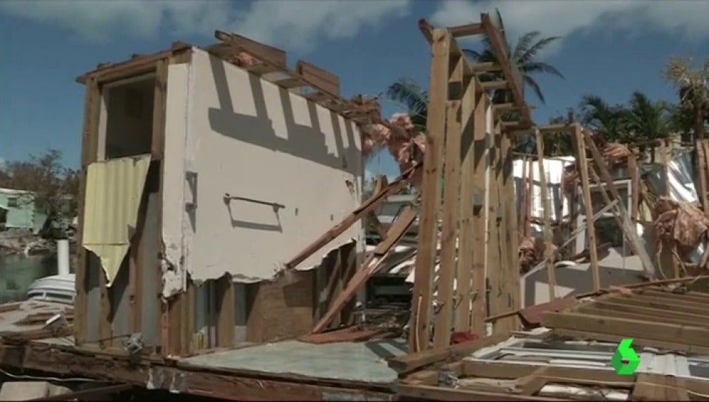 reconstruccion huracan