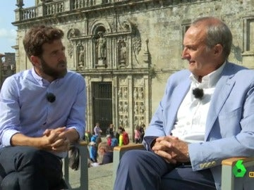 Gonzo con el experto en Románico Antonio Dieter Moure