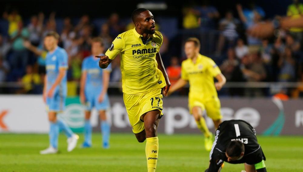 Bakambu hizo el segundo gol del Villarreal