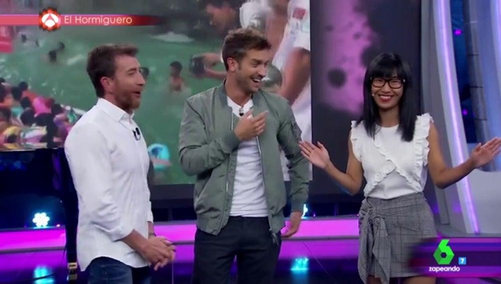Pablo Motos con Pablo Alborán y Yibing