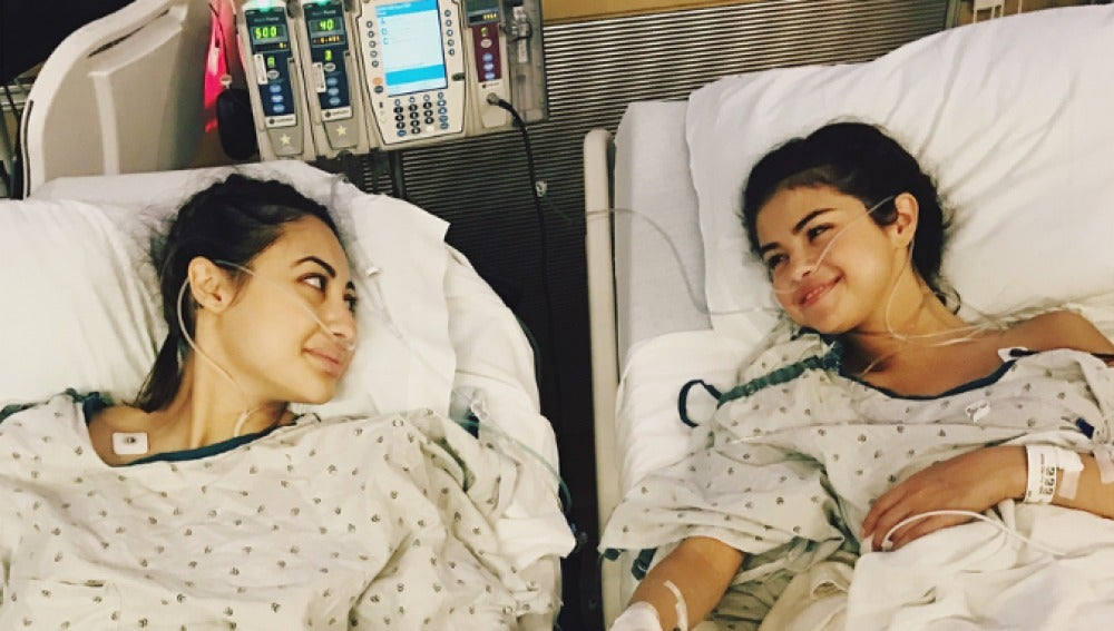 Selena Gomez se somete a un trasplante de riñón