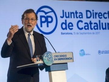 El presidente del Gobierno, Mariano Rajoy, preside la Junta Directiva del PP de Cataluña