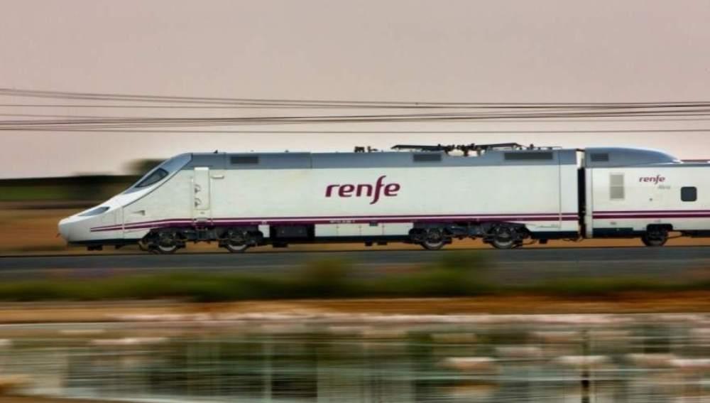 Uno de los trenes con los que opera Renfe