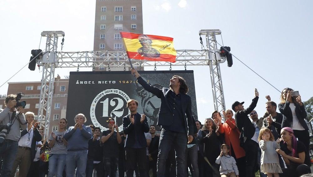 Familiares y amigos de Ángel Nieto durante el homenaje al campeón mundial de motociclismo