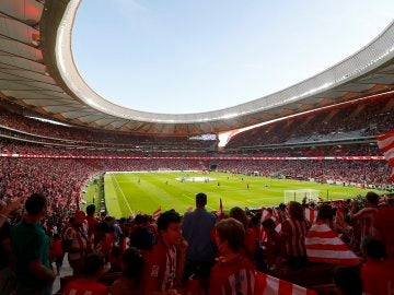 El Wanda Metropolitano, a rebosar en el día de su estreno