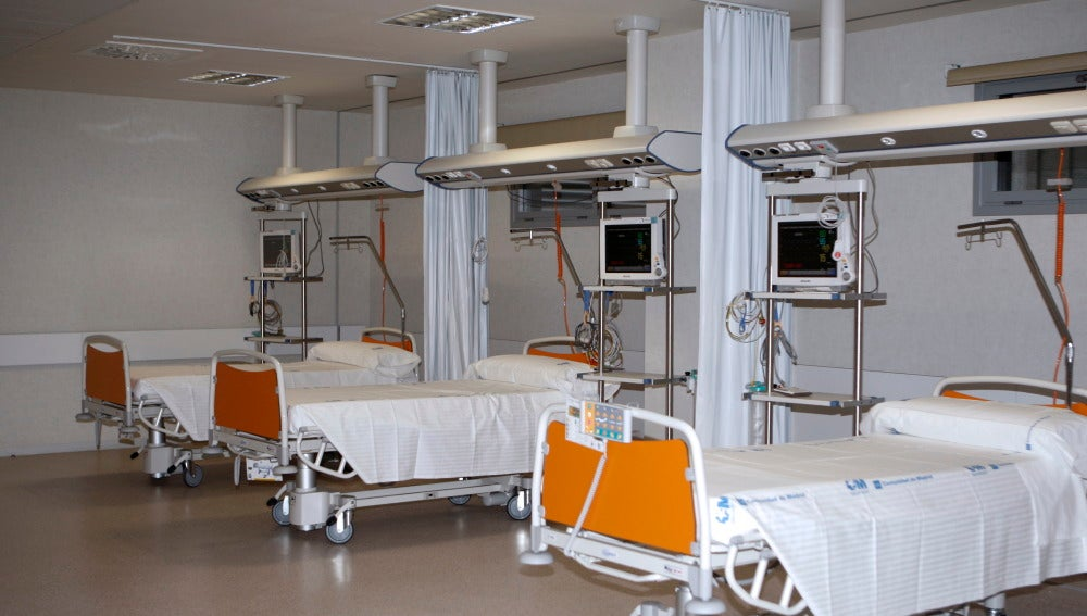 Imagen de una habitación del Hospital Infanta Sofía de San Sebastián de los Reyes, donde trasladaron al joven