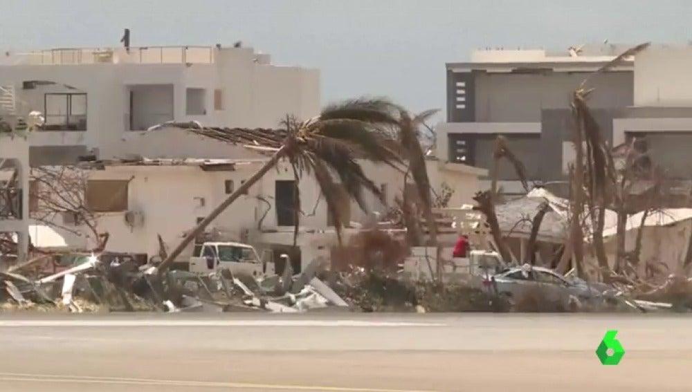 El Caribe se prepara para la llegada de la tormenta tropical María