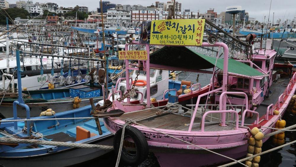 Unos 640.000 japoneses en alerta de evacuación tras llegada del tifón Talim