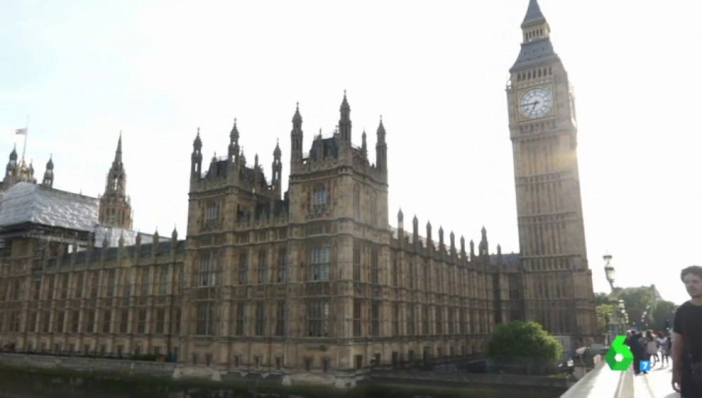En busca de Viagogo: Equipo de Investigación viaja a Reino Unido, donde el negocio de la reventa mueve más de 1.000 millones