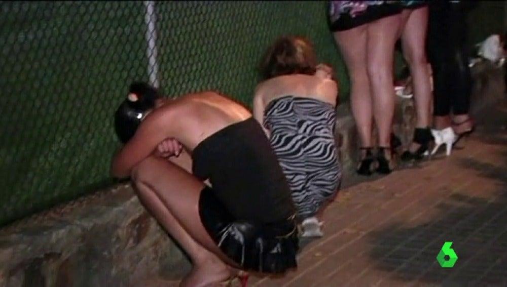 Mujeres y niñas obligadas a prostituirse