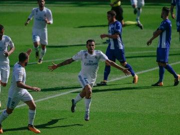 Dani Ceballos celebra uno de sus goles contra el Alavés