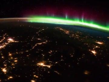 La aurora boreal sobre Canadá