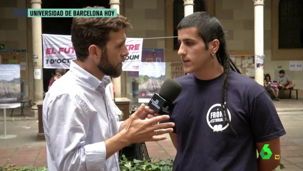 """Estudiante catalán: """"Estaba a favor del 'no' porque el que dirige el procés recorta y privatiza la Sanidad, pero la represión del Gobierno me hace dudar"""""""