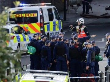 Despliegue policial tras explosión en Londres