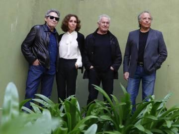 Joan Manuel Serrat junto a Ana Belén, Víctor Manuel y Miguel Ríos